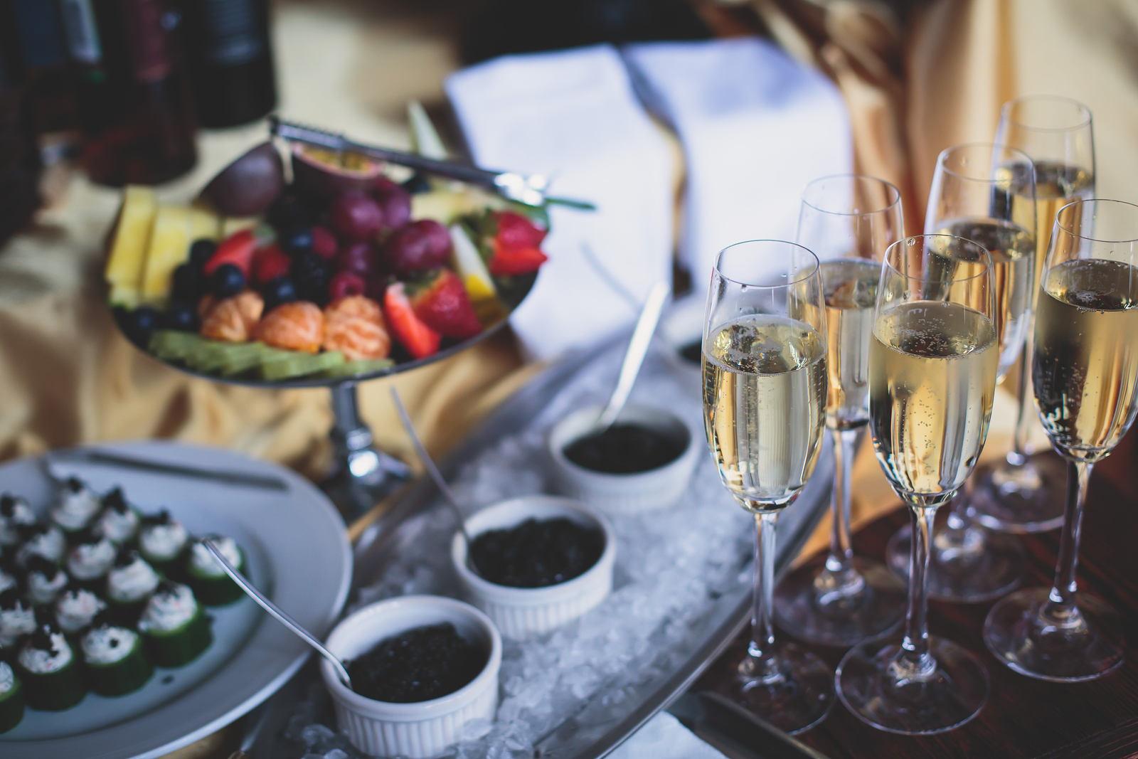 Your Checklist for Choosing a Wedding Caterer
